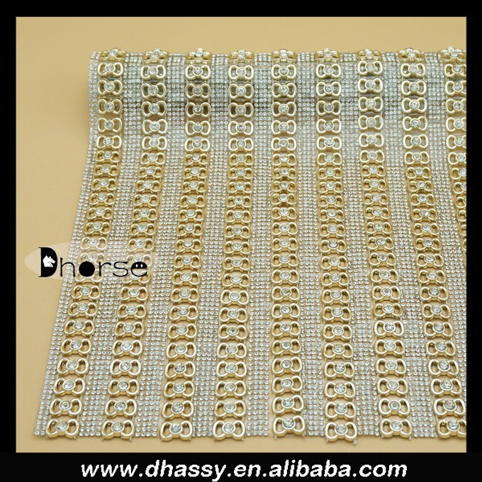 wholesale Alibaba Dhorse DHRM1534 40*24CM / sheet Sparkle decorative Gold Diamond Mesh Wrap Roll Crystal Rhinestone