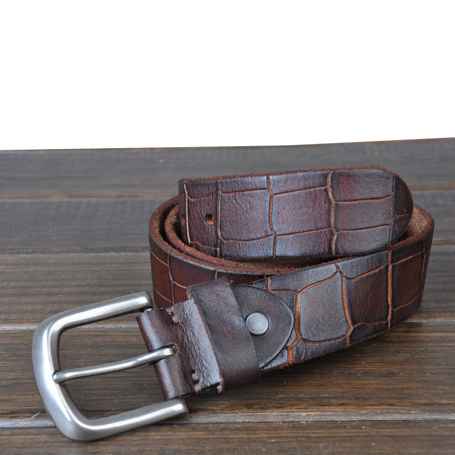A Huge selection of Casual Leather Jean Belts made in genuine leather.