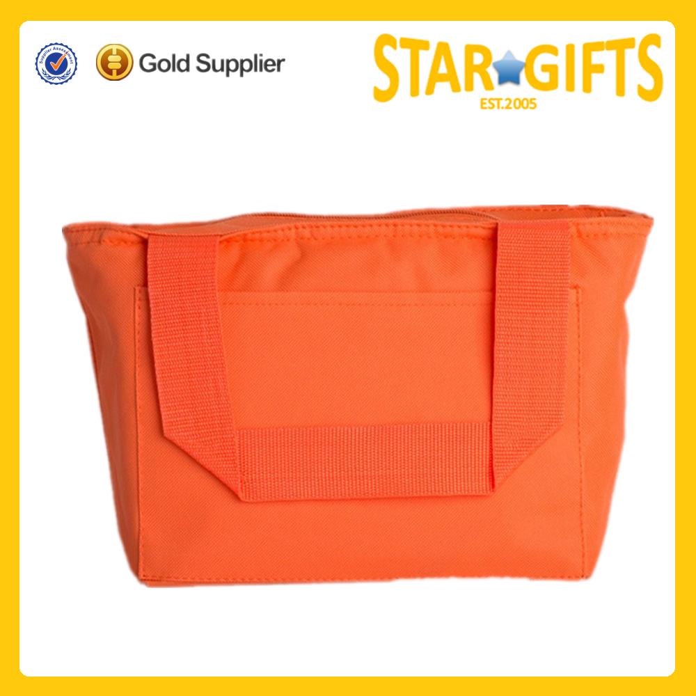 sturdy reinforced straps insulated food bag to carry food in
