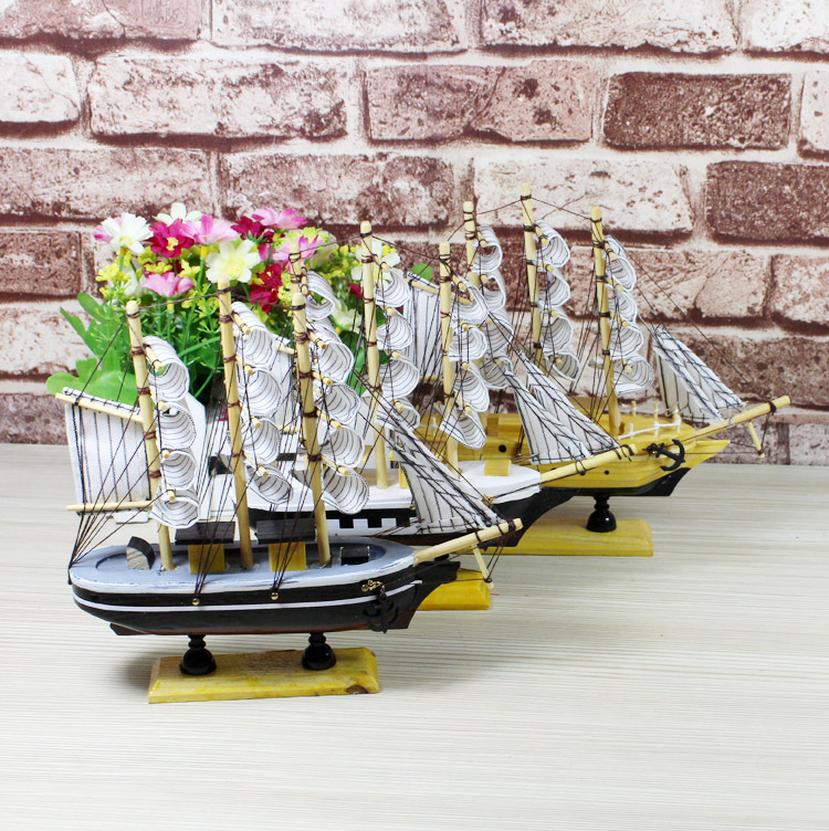 2pcs/lot Wholesale Wooden Ship Model 2016 Miniatur Wooden Sailing Ship <font><b>Nautical</b></font> <font><b>Decor</b></font> <font><b>Home</b></font> Crafts