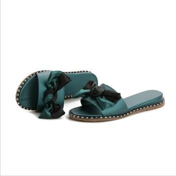 7676a8272c2b6e Summer women gifts Diamond bow slippers ladies Non-skid towing flip flops  custom logo slide