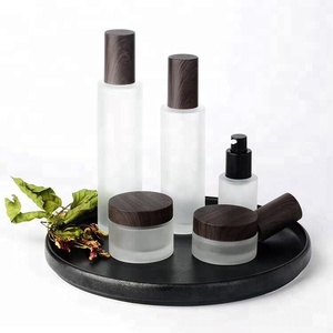 Plastic Wooden Grain Lid Body Lotion Bottles 30G 50G with Pump Sprayer Airless bottle