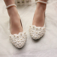 Fashion wedding pumps Sweet white flower lace shoes pearl Plus size wedding shoes Flat bride dress Shoes EU34-42 MS2188