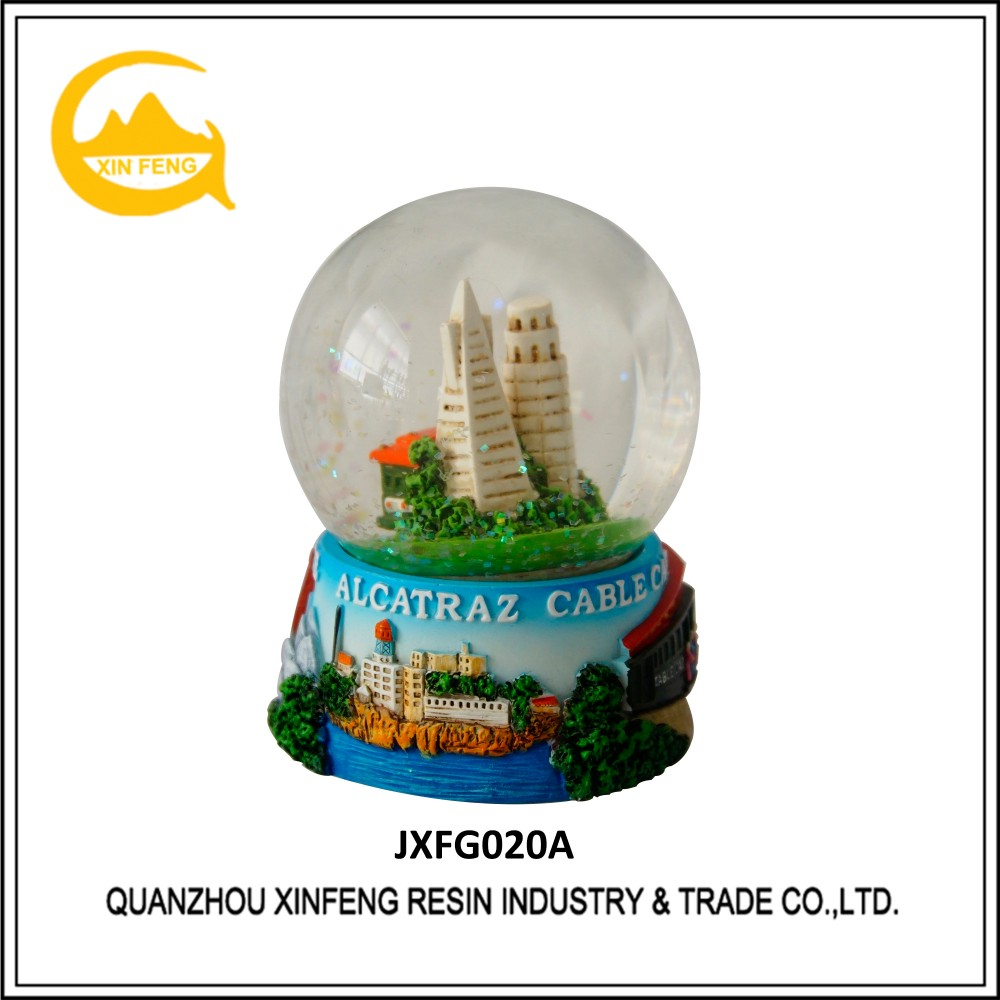 Custom Polyresin Snow Globe San Francisco Tourist Souvenir