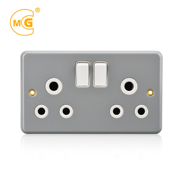 Metal clad electric 220V 15A 2 gang 3 pin wall light switch socket