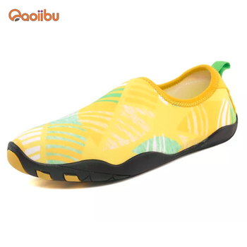 1a5276403b216 adult Water Shoes Quick Dry Aqua Skin Barefoot Shoes for Beach Swim Driving  Surf Yoga