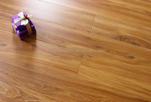 8mm Medium Royal Chestnut Wood Grain Laminate Flooring