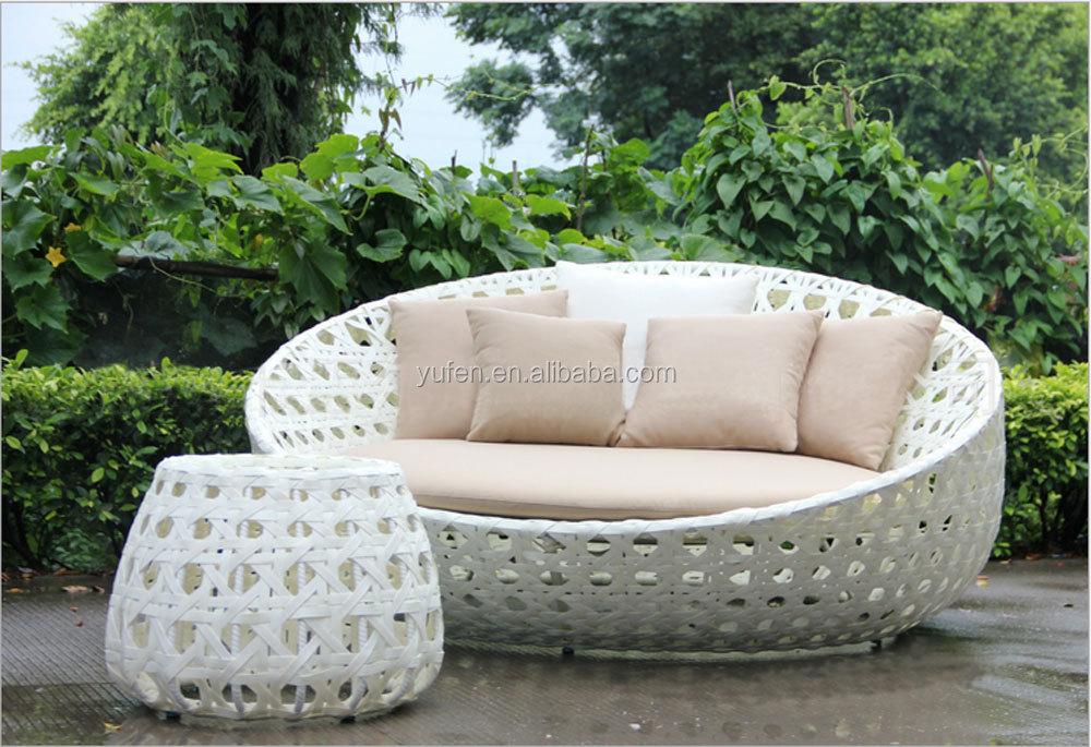 Sole divertimento mobili da giardino bianco rotondo in for Divano rotondo