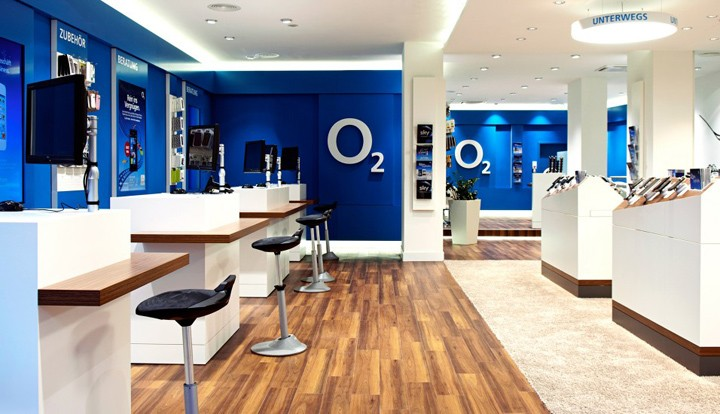 O2-Marketplace-flagship-store-by-hartmannvonsiebenthal-Munich-Germany-02.jpg
