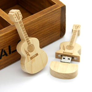 China Alibaba Trade Assurance Promotional Gifts Wooden Guitar Shape USB Flash Drive / Guitar USB 2.0 Pen Drive For Music People