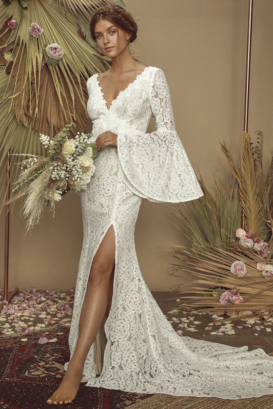 Special design whute embroidery lace fabric wedding dress bridal gown