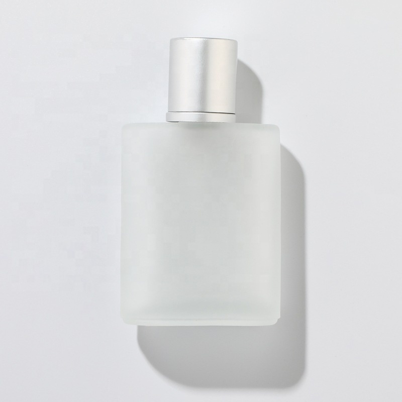 Luxury recyclable 30ml 50ml 100ml frosted glass perfume bottle with pump spray cap