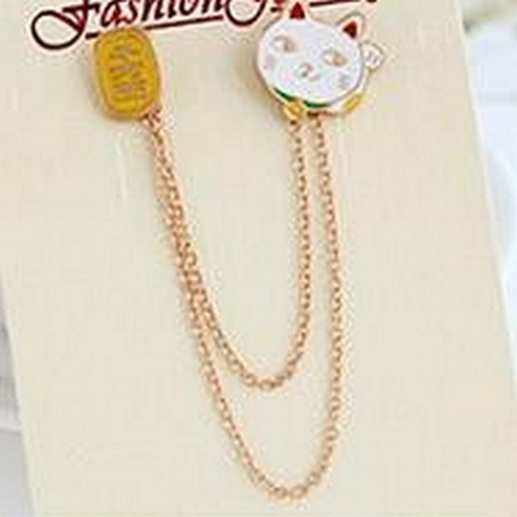 Korean version of the jewelry lively and lovely Fujiyama planet omelette lucky cat cloud collar needle pin brooch