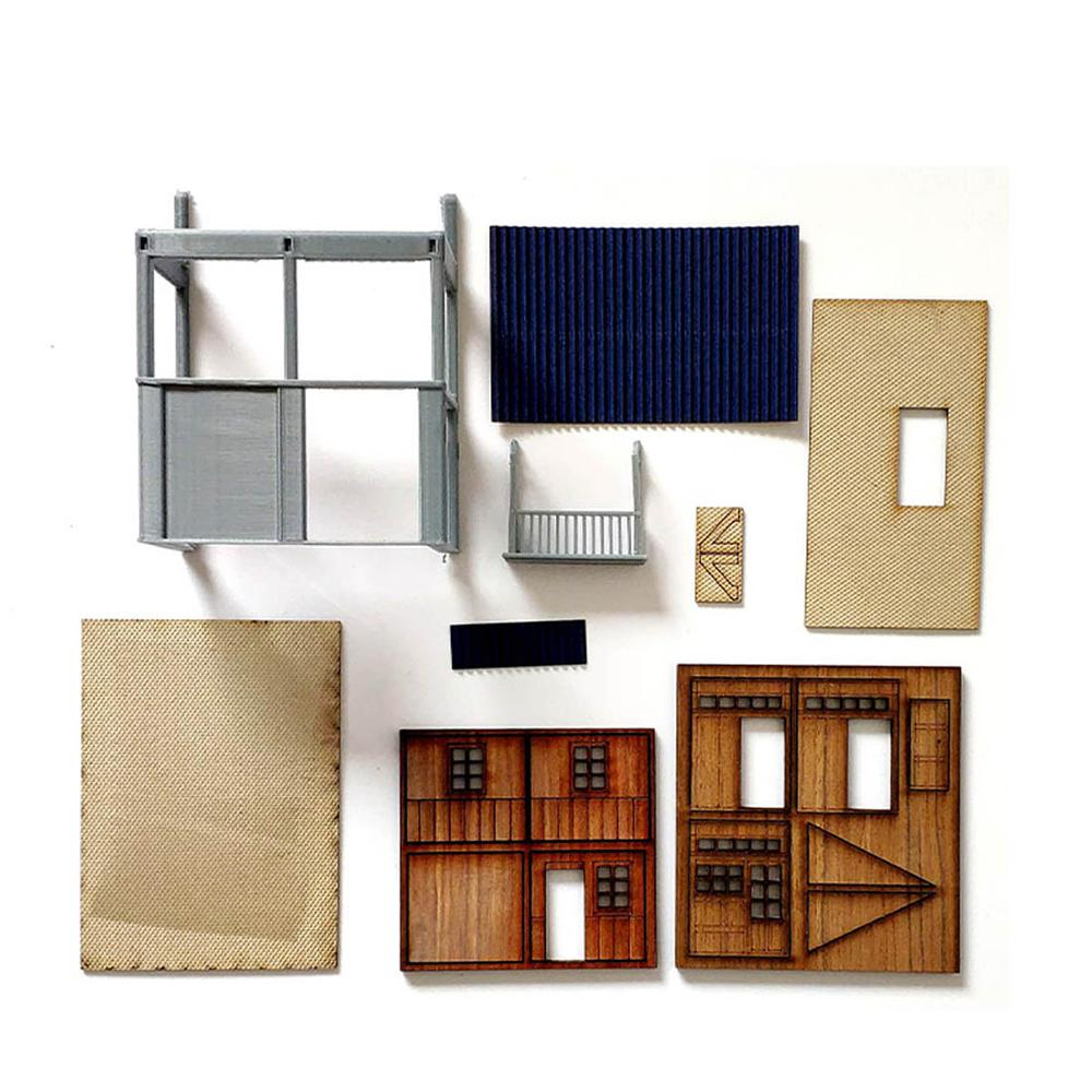 8 x 3.8 x 9.5cm Railway Train Scene 80's Old Corner Side Building Assembly Model Kit