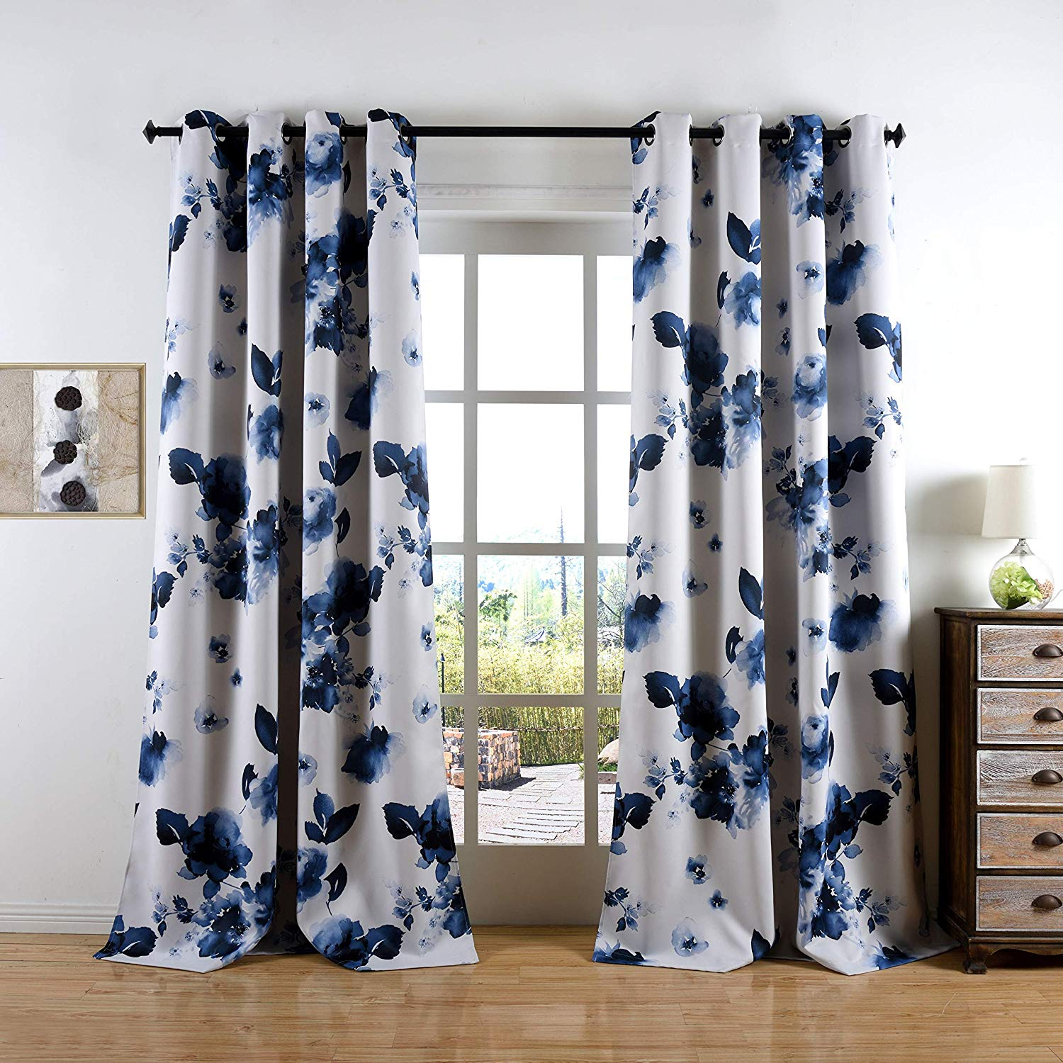 Blue printed black out curtains/Luxury and elegance grommets curtains for living room and bedroom