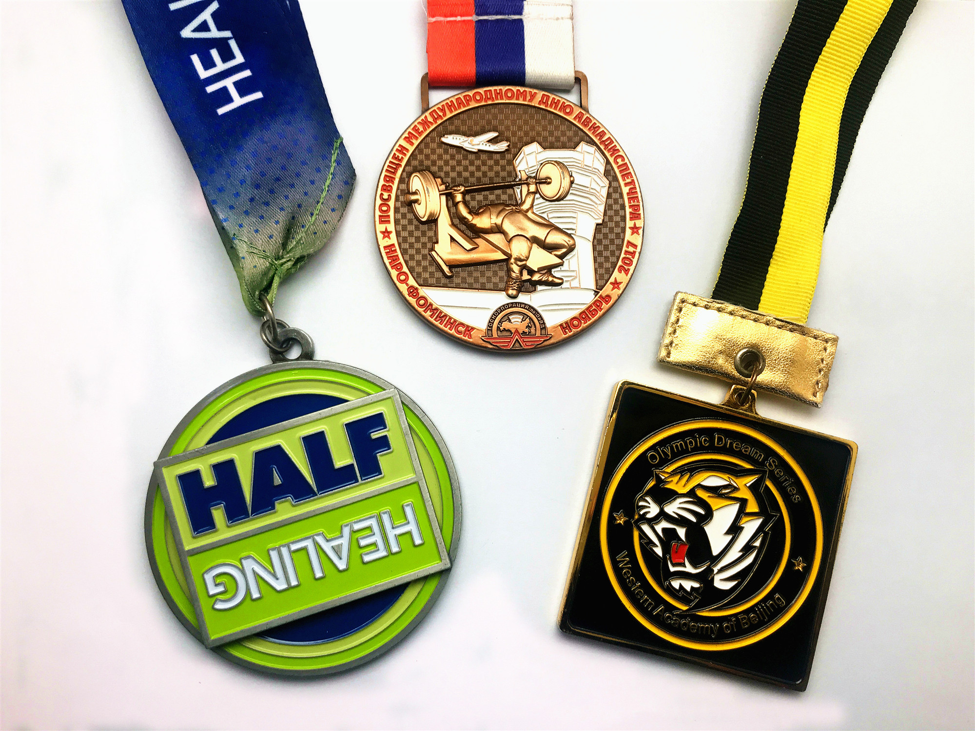 custom high quality marathon sport medals and trophies