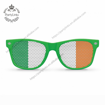 Nicro St . Patrick's Day Green I Love Clover Irish Flag Hollow Plastic Glasses New Party Decoration Home Decor DIY