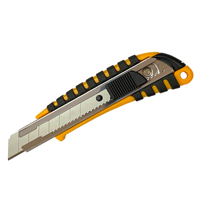 Cheap 18mm snap blade paper utility knife wholesale cutter knife with plastic handle hand tool