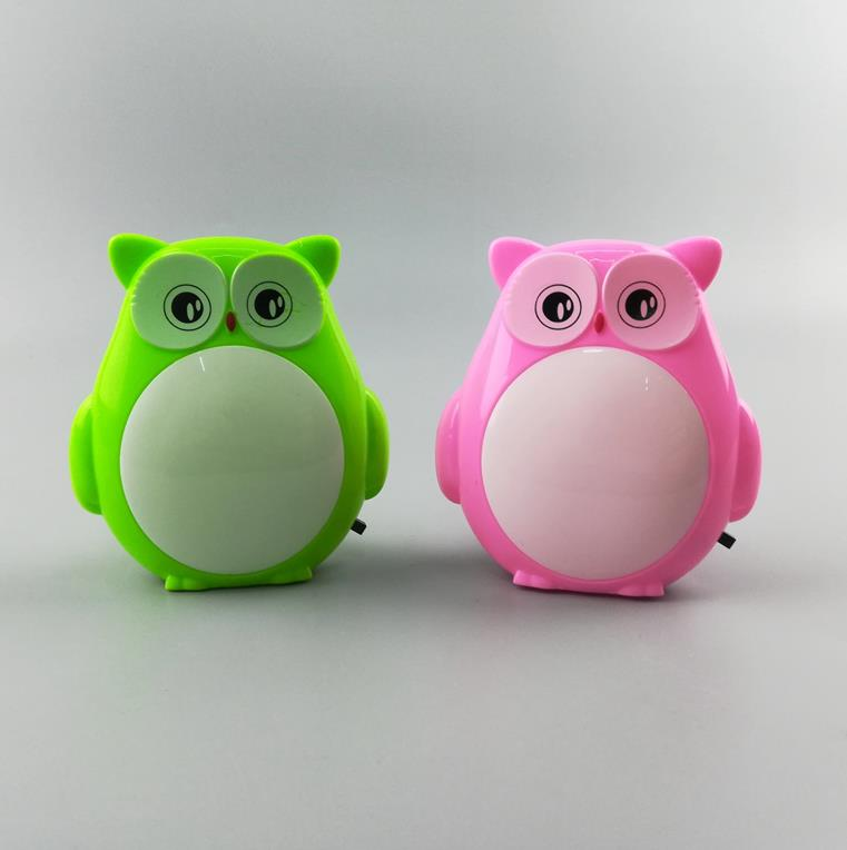 OEM hot sale W004 Helloween owl lamp switch plug in led night light For Baby Bedroom holiday gift for children