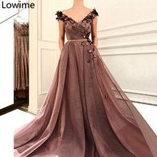 Новейшее платье знаменитостей с v-образным вырезом и цветами, вечерние платья для выпускного вечера в Дубае, вечерние платья с красной ковро...(Китай)