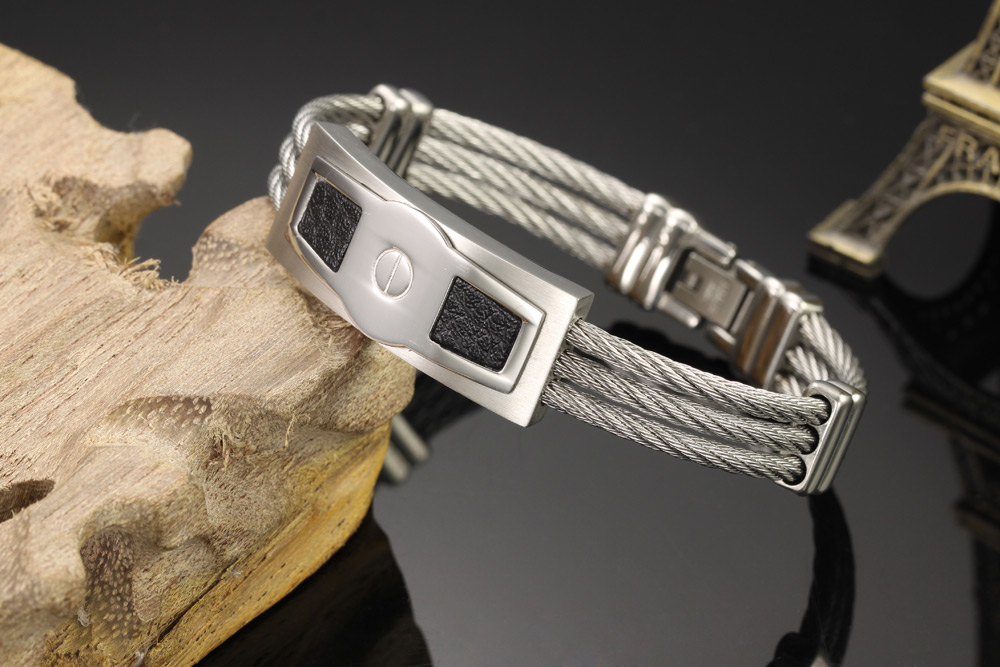 Stainless steel wire twist silver cable men bracelet with leather inlay