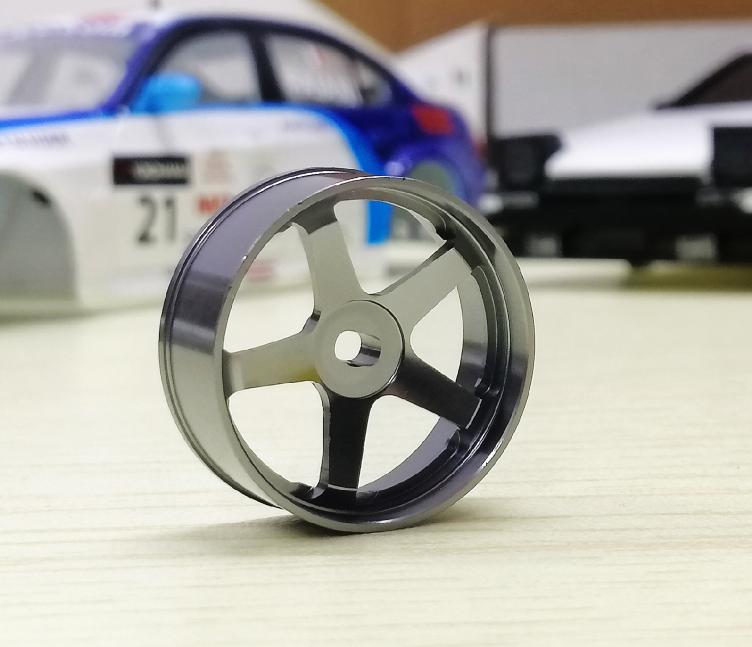 4pcs 1//28 roue de voiture RC roue de roue pour Wltoys iw04m awd iw02 rm02
