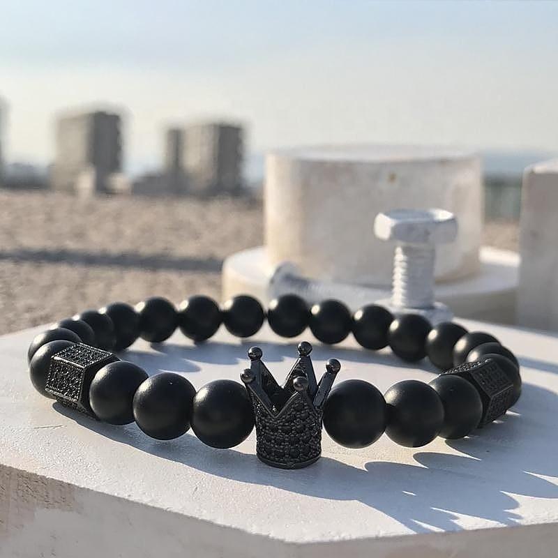 Acessórios de moda por atacado 8 milímetros Pedras Pretas Strass talão Homens Pulseira Coroa Para Presentes designer encantos para diy pulseira