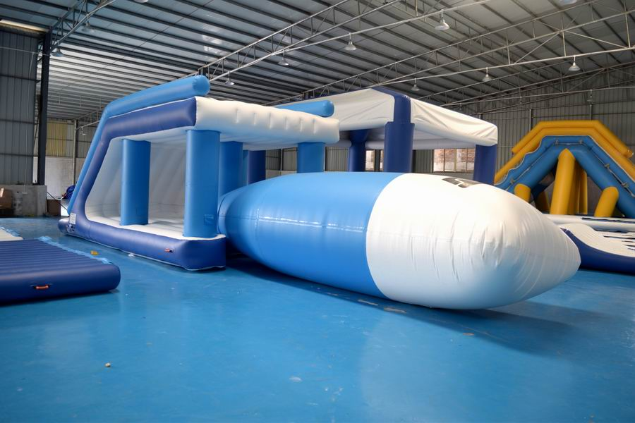 Lake Inflatable Blob Jump Tower For Water Park