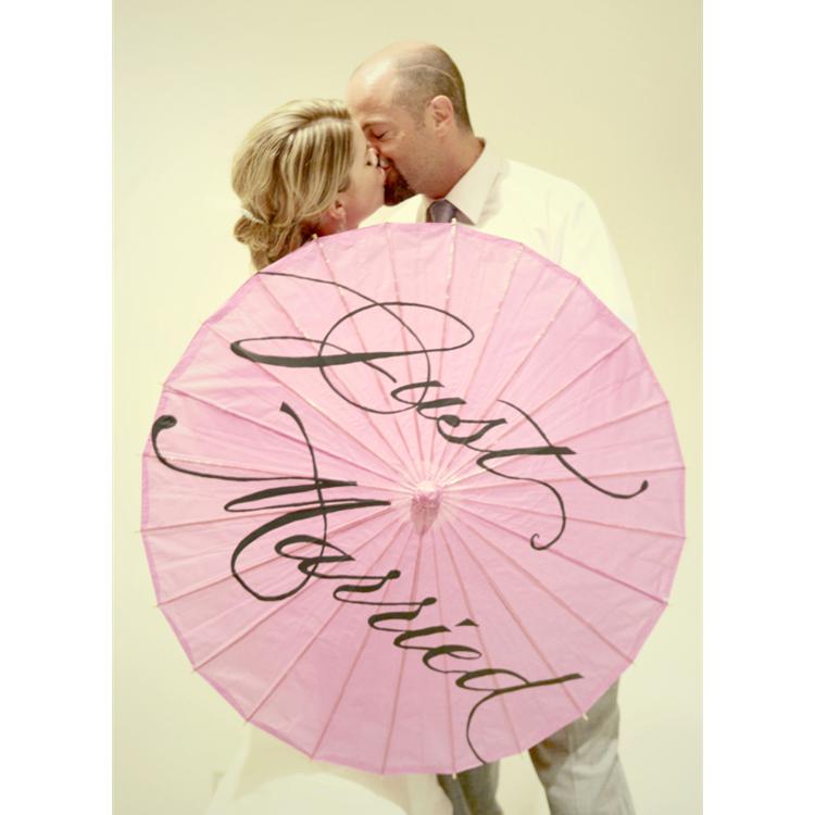 интернете оригинальное поздравление на свадьбу с зонтиком отливке