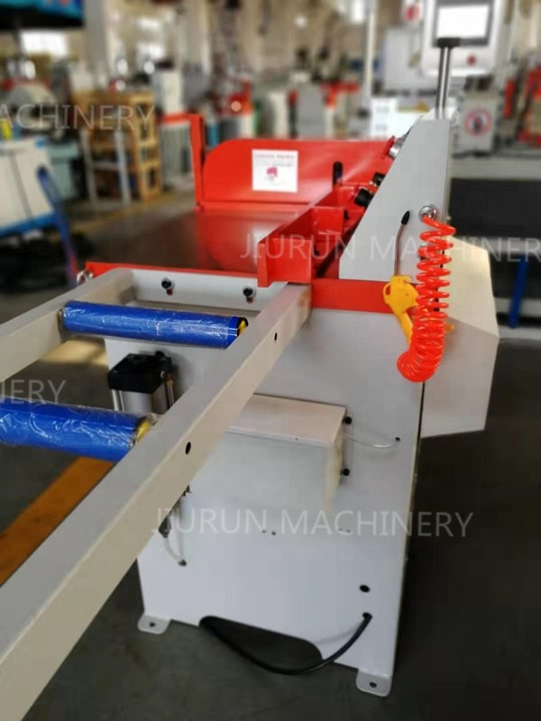 Aluminium Pipe Cutting Machine