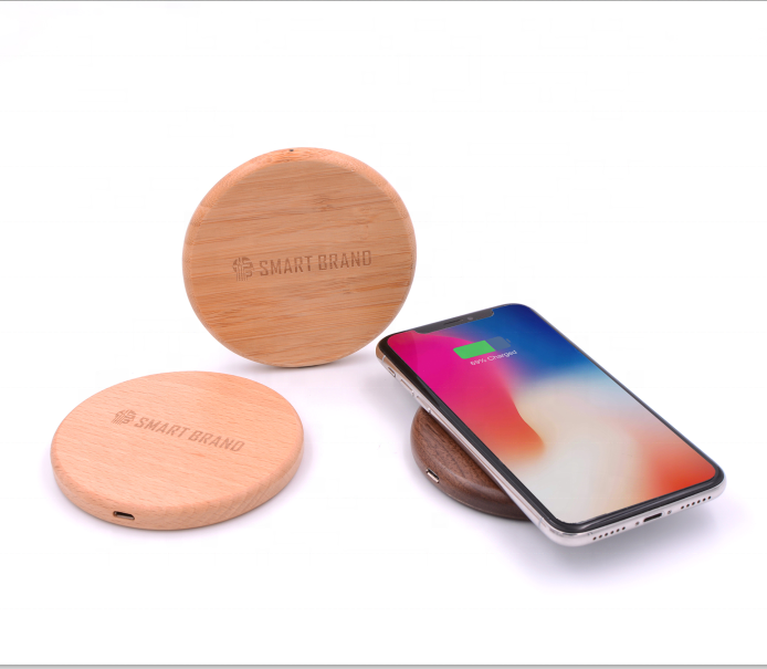 Ultra slim fast charge Maple wireless charger for phones wood bamboo wireless charging pad