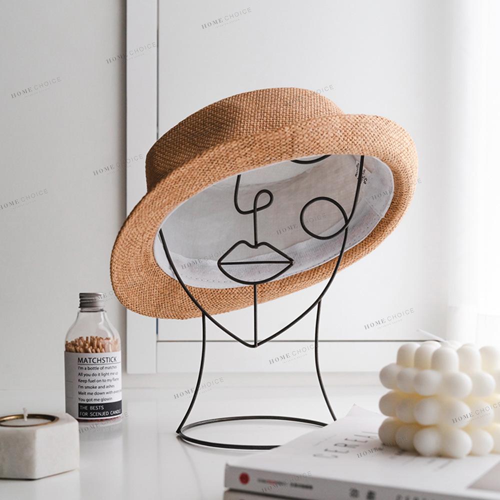 סיטונאי מודרני אביזרי חתיכות פריטים בעבודת יד מרותך שחור מתכת Creative גברת פיסול שולחן עיצוב הבית