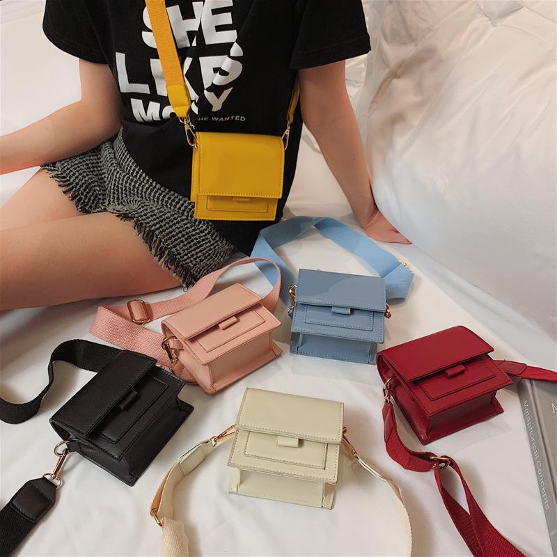 Mini geniş omuz askısı küçük çanta kadın 2019 yeni stil vahşi kore kız moda düz renk omuz çantası Crossbody