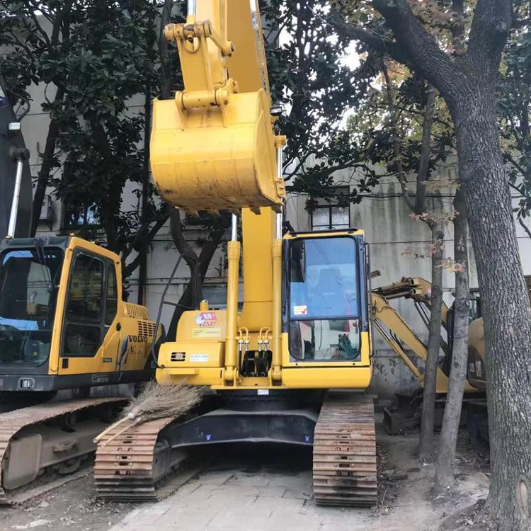 Used Komaatsu PC200 PC200LC-8 Chain Crawler Excavator/ Cheap Price Komatsu PC200-8 Used Japan Excavator For Sale