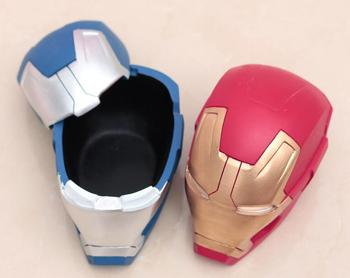 Creative new hero series resin helmet gift ashtrays with lid