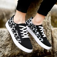 Men Sneakers Fashion Trainers Lace up Flat Casual Shoes Breathable Comfortable Men Shoes
