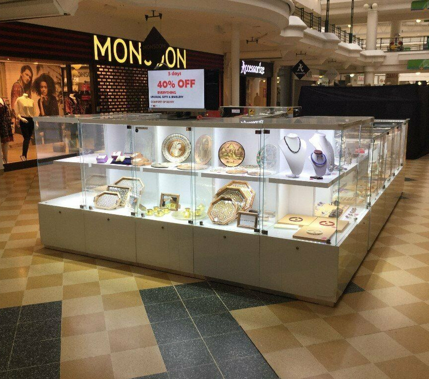 Wooden Jewelry Display Cabinet with LED Light Retail Jewelry Showcase Jewelry Kiosk for Mall