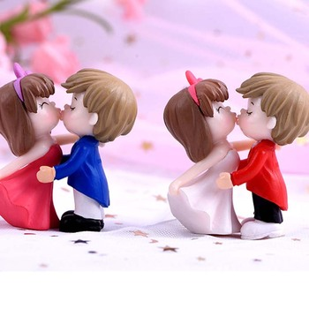 Souvenir Wedding Gift resin sculpture modern abstract dancing couple figures