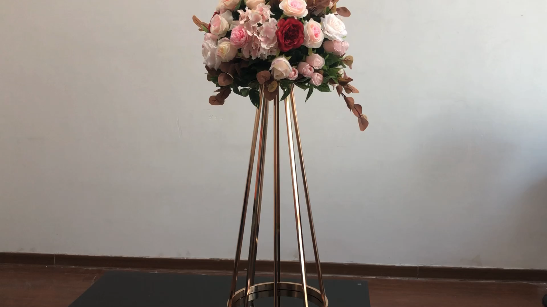 ZT-417G  Hot selling  gold metal flower stand for wedding table centerpieces