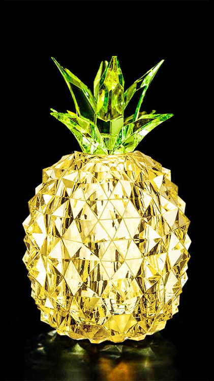 2020 Hot Selling Home Table Decorations Collectible Figurines Night Lights 3D Pineapple Bedroom Decor Night Lights for Kids