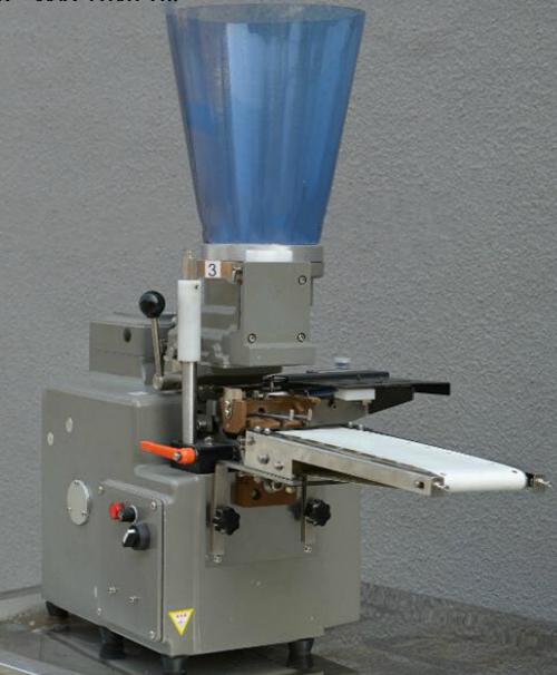 gyoza dumplings equipment