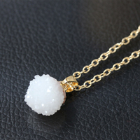 SAF wholesale hot selling fashion simple beautiful small acrylic pendant necklace jewelry for girl