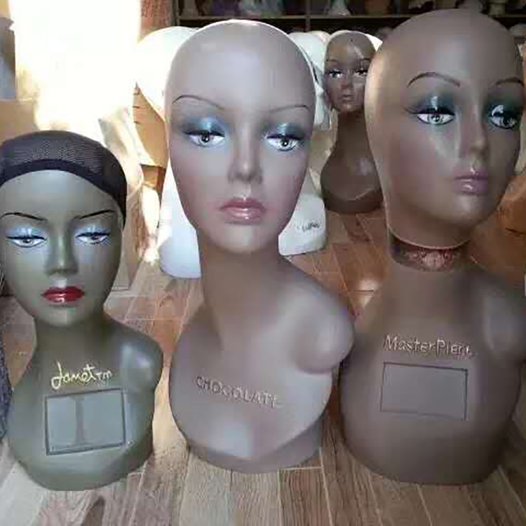 Realistic Mannequin Head  For Wig Display With Shoulders Female Mannequin Head