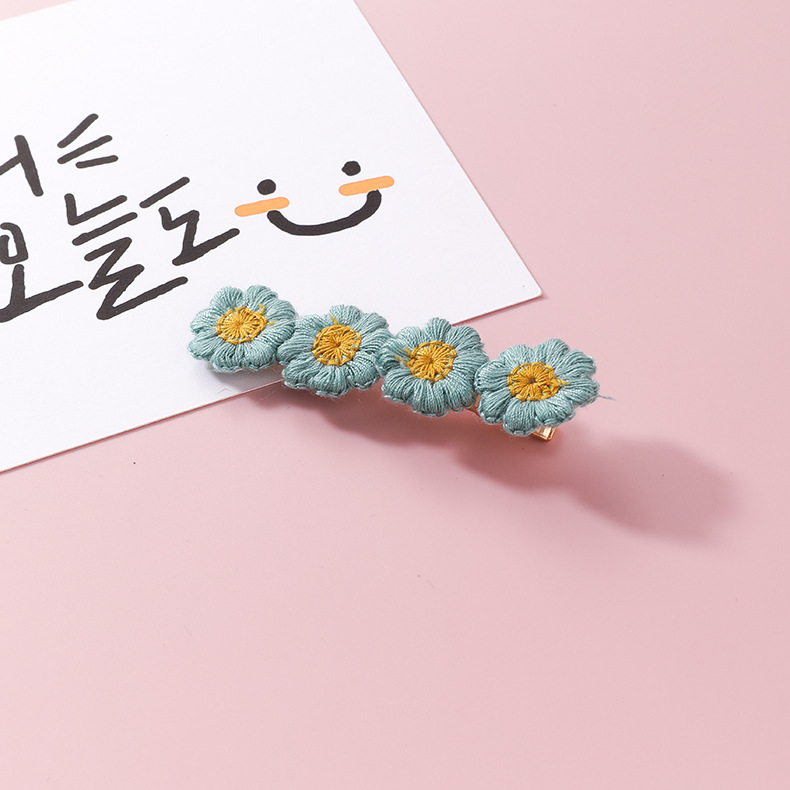 MSS011 Trade Assurance Latest Fashion Korea Sweet Colored Flower Hairclip Trendy Knitting Flower Girl Hair Clip Women Barrette
