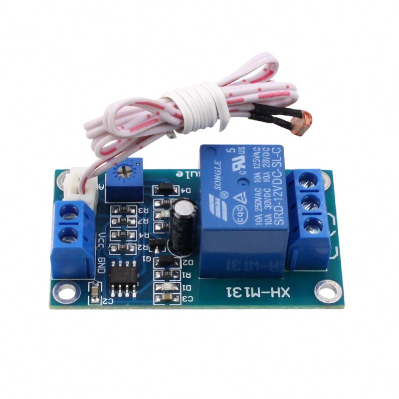 XH-M131 Light Control Switch 5V//12V Detection Sensor Photoresistor Relay Module