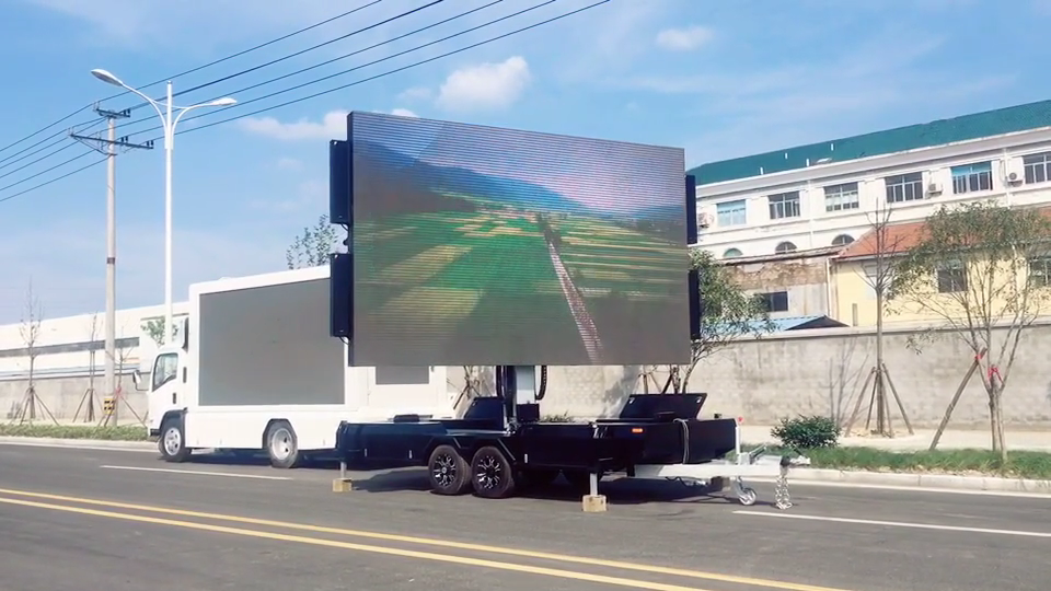 High quality outdoor waterproof 1.92mx3.072m 6.3''x10'' mobile led trailer screen