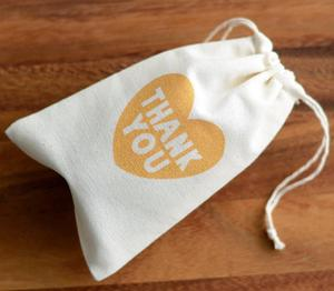 Eco friendly custom logo design gift pouch calico organic muslin drawstring bags high quality white cosmetic cloth bag cotton