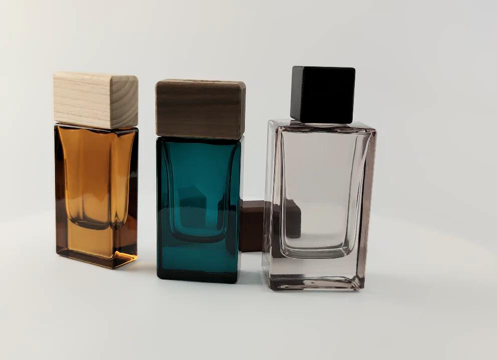 China fábrica best seller amostra grátis eco amigável OEM ODM design personalizado logotipo do laser pulverizador quadrado de madeira tampa do frasco de perfume