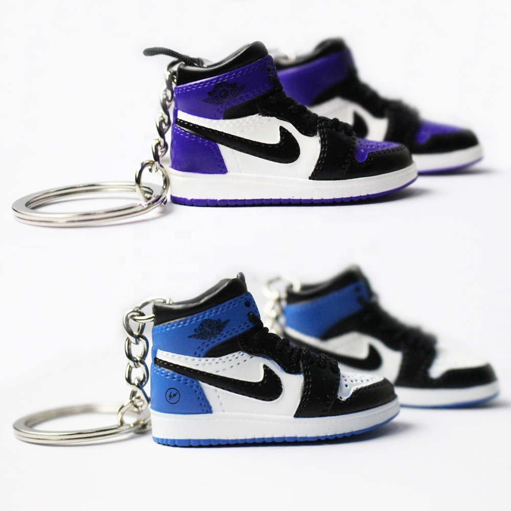 China suppliers Wood 2D 3D rubber mini yeezy 350 v2 basketball shoe sneaker keychain custom