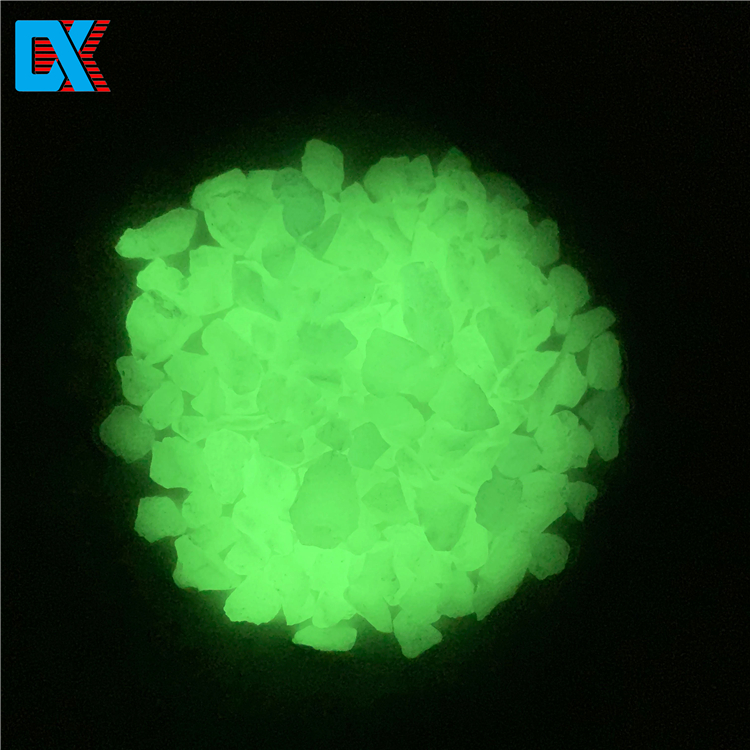 Various sizes luminous park decorative glass chips terrazzo concrete glow in dark beads
